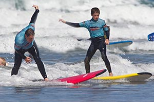 picture of improver surfers